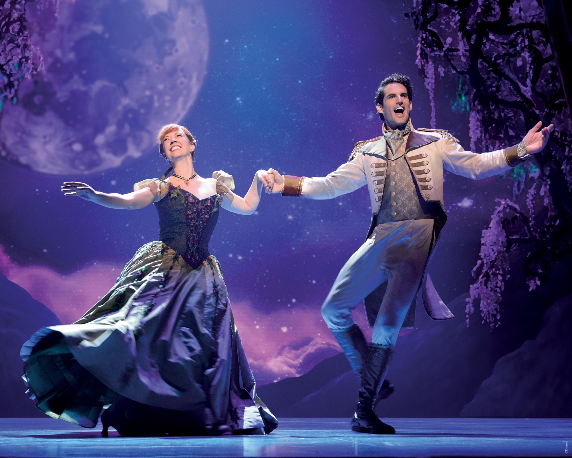 Frozen_Broadway_Collection_Assets_2000x1600-3